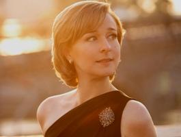 ELENA TARASSOVA – Pianiste